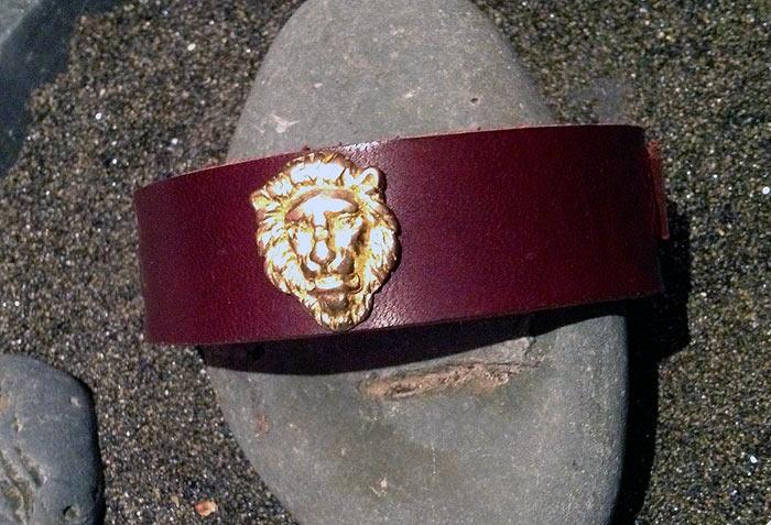 lioncuff_1