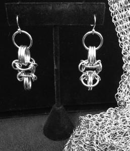Melisende Chainmaille Earrings MNJ
