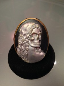 Calavera Miss Nyet Jewelry ring front view